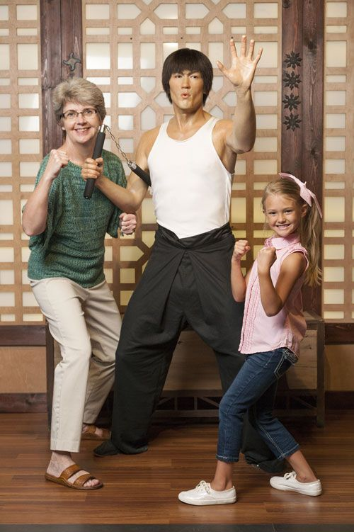 hollywood-wax-museum-branson-bruce-lee